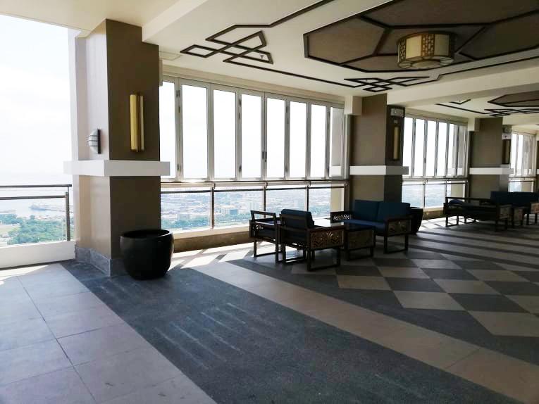 Torre De Manila Sky Lounge